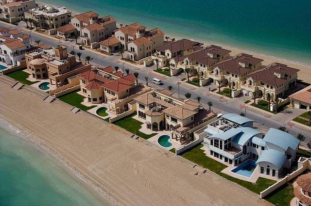 Houses on recalimed land Dubai
